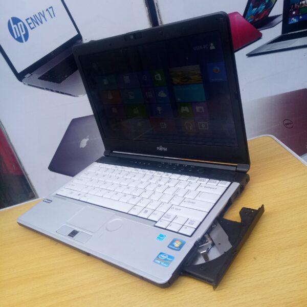Fujitsu laptop i5