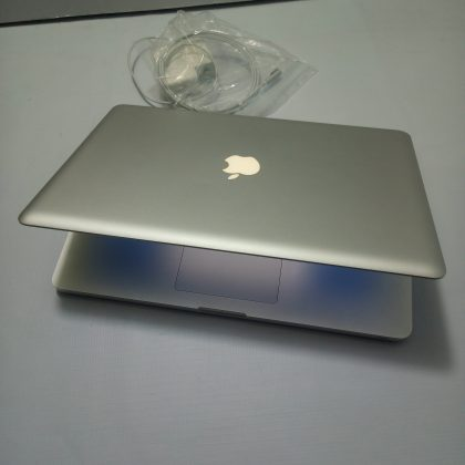 UK Used Apple Macboook Pro Core i7, 12GB Ram 500GB HDD & Dedicated Graphics
