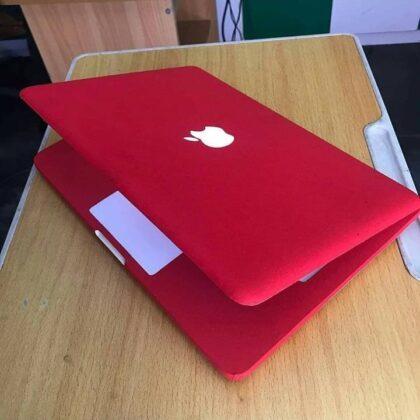 Apple MacBook Unibody – Intel Dual Core – 6GB Ram – Mac OS & Windows
