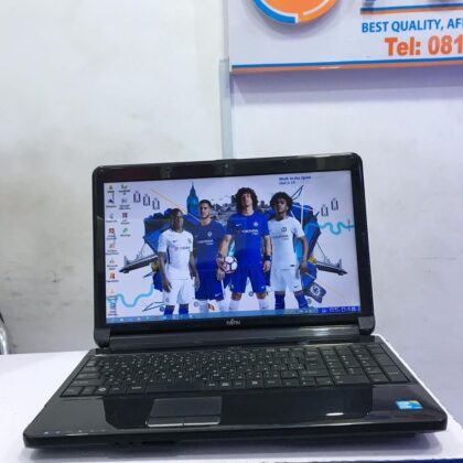Fujitsu FMVA533BA Laptop – Intel Core i3 – 4GB Ram – 320GB HDD – 2.40GHz