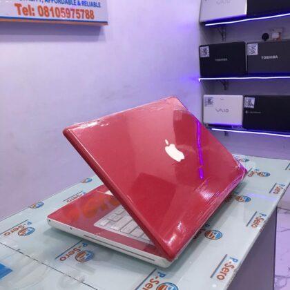 Apple MacBook A1181 Laptop – 500GB HDD – 4GB RAM – Apple Logo Light